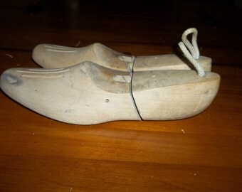 Antique Shoe Trees...Rochester Shoe Tree Co...Free Shipping