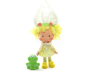 Lemon Meringue Doll with Frappe Frog Vintage Strawberry Shortcake Toy with Complete Outfit