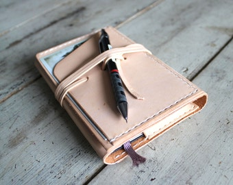 Pocket moleskine cover. Veg tan leather. Travel accessories. Notebook cover. Moleskine organizer