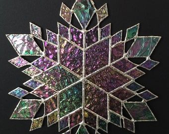 stained glass snowflake suncatcher (design 37)