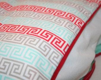 Aztec Zipper Cover