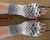 Dragon Gloves / Dragon Scale Fingerless Gloves / Crochet Dragon Scale Gloves