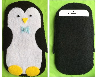 Penguin phone pouch