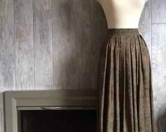 Vintage Woman's Mod Long Accordian Skirt, Toile Print, Petite Size 4