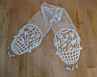 hand crocheted French cloth dresser scarf with baskets of flowers and bobble drops