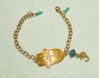 Golden Hamsa Hand Charm Bracelet