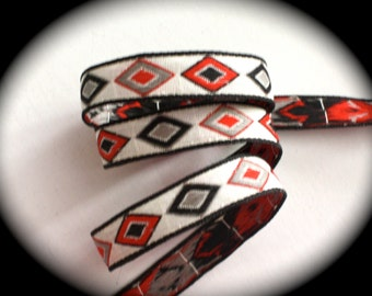 Vintage Woven Ribbon -  5/8 x 3 yards White/Natural Red, Black and Gray