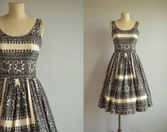 Vintage 1950s Dress / 50s Cotton Circle Skirt Sundress / Black Cream Folk Lace Print