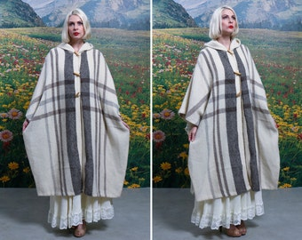 70s WOOL White Striped Full Length Toggle Button HOODED PONCHO Size Medium / Large