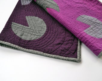 Graphic Baby Quilt, Modern Baby Quilt, Baby Quilt, Wall Quilt, Geometric