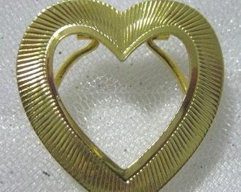 SALE Vintage Gold Tone Heart  Dress Clip