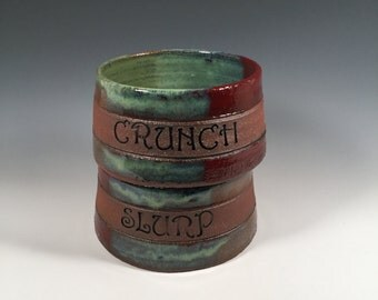Cat or small Dog dishes- Set of 2 - CRUNCH & SLURP - Brick Red and Jade Green - pets - feeding - ceramics - pottery - stoneware