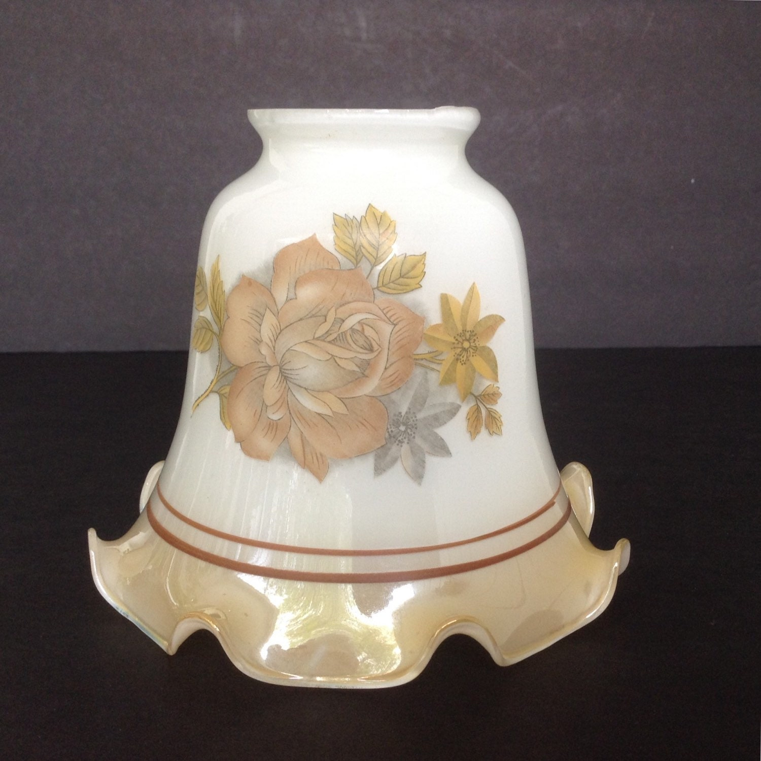 5 3 8 vintage bell light shade gold lustre w gold rose. Black Bedroom Furniture Sets. Home Design Ideas