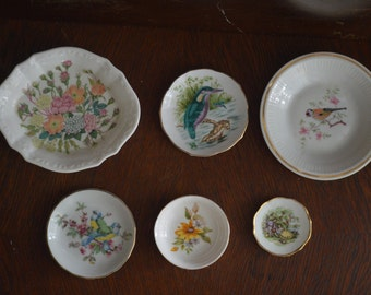 Collection of 6 Mini Decorative Plates