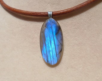 Labradorite Pendant With Leather Necklace