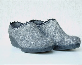 Handmade wool shoes for women in dark gray with linen crochet detail