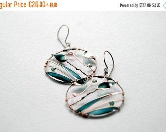 FALL SALE 20% Dark green leaf earrings, spring jewelry, bronze hoops, nature jewellery, wire wrapped