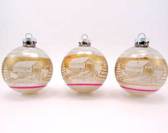 Shiny Brite Christmas Ornaments 1950s Vintage Glass Stenciled Christmas Decorations Pink and Gold Baubles