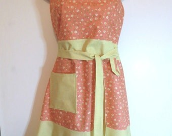 Peach/Yellow Floral Print Full Apron