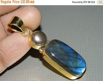 20 off. 925 Sterling Silver Labradorite Pendent-Natural Blue Labrodarite Gold Plated Pendent-Top quality stone-Designer Jewelery-valentine G