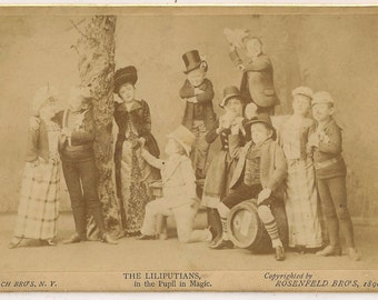Liliputians Pach Bros albumen cabinet card Oddities Barnum Circus Freaks 19th photoraph 1800s