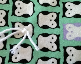 Owly tied quilt