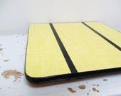 Vintage french table mat, Yellow formica, 1970, Dessous de plat, Retro kitchen, Rustic antique home decor, Farmhouse