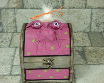 Monster Trunk Desk Organizer Pencil Box Treasure Chest Trinket Storage Stash Pink Leather Harry Potter Labyrinth