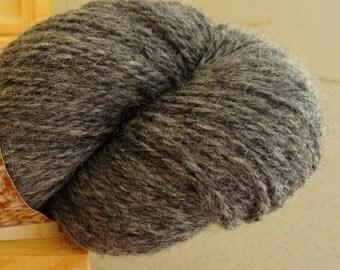 100% Wool yarn for knitting Grey Tweed 100g N 6/2