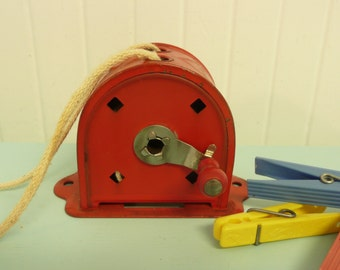 NEART MINT 1950s Red Clothesline Reel, Original Paint, Wooden Knob, Camping Clothes Line, Rectractable, Acme Brand