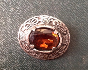 Vintage Signed Jacobite Scottish Silvertone Metal Faux Citrine Brooch /1970-s