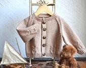 Raglan sleeve cardigan with little owls - P079