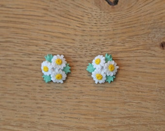 Daisy Trio Stud Earrings