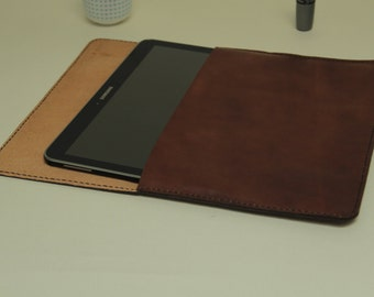 GENATI handmade leather ipad case, brown , cow leather , handstitched. christmas gift.GENATI