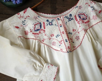 White Cotton Embroidered Night Dress Nighgown Antique Redwork Handsewn Hand Embroidered Floral Country Cottage Chic 1900s