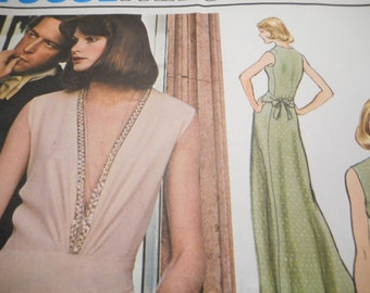 Vintage 1970's Vogue 1066 Paris Original Molyneux Dress Sewing Pattern, Size 12 Bust 34