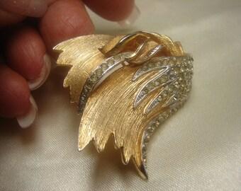 """Beautiful Vendome Drape Pin /Brooch -2"""" X 1-3/4"""""""
