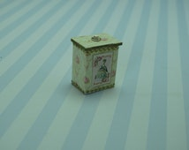 Gaël  Miniature Dollhouse decorative box, shabby chic Dollhouse Miniature Home Decor Accessory. Handmade miniatures