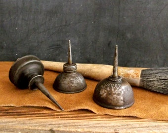 Antique Metal Oil Cans, Vintage Industrial Oil Cans, Small Vintage Oil Cans, Small Metal Oil Cans ** Epsteam