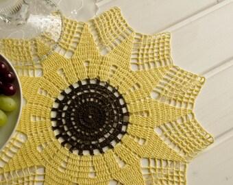 Crochet doily Yellow black doilies Sunflower doily Handmade linen crochet doilies Lace doily Sunflower crochet doily