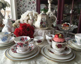 English Mismatched Tea Set for 4, Red White Blue Tea Set, Sadler Royal Albert, Queen Anne, 20 Pieces Holiday Parfect!