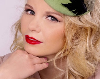 50% Off Green Feather Smartie Hat