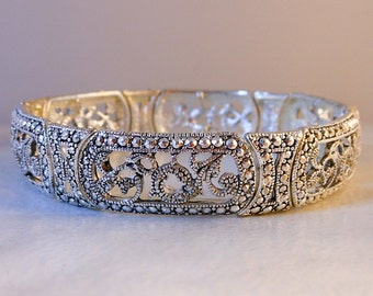 Vintage  Silver Tone Stretch Bracelet    Fits Small to Medium