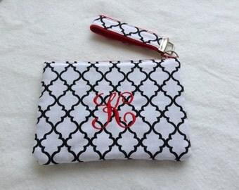 Quatrefoil Monogrammed cosmetic bags / Bridesmaids gifts / wedding favors / Zipper pouch,Wristlets, Key fobs,Toiletries storage.