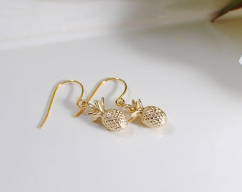 The Jess Earrings - Gold