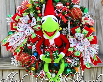 MADE TO ORDER - Santa Kermit the Frog Pre-lit Christmas Wreath, Muppets Merry Christmas, Large Christmas Wreath