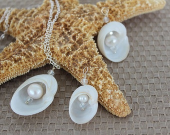 Pearl Baby's Ear White Shell Necklace