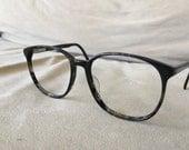 Black & Gray smokey patterned nerdy eyeglasses frames vintage 1980's 54-17-140