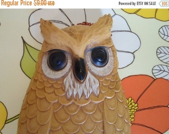 ON SALE Vintage Mustard Yellow, Owl, Wall Hanging, by Homco, Plaque, Made in USA, Plastic, Retro, Mod, Green, Black