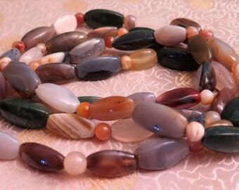 Agate Necklace - Vintage Necklace - Vintage Agate Necklace - Polished Agate Necklace - Scottish Necklace - Semi Precious Stones - Long